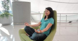 Stay Healthy with Lunchtime Office Yoga